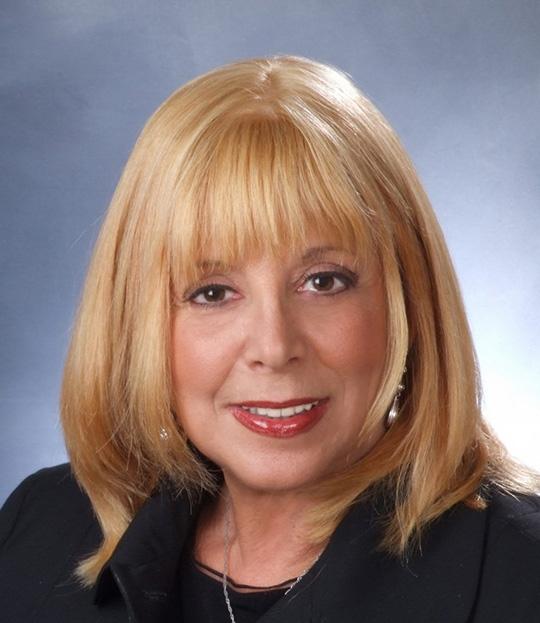 Michelle Kahn